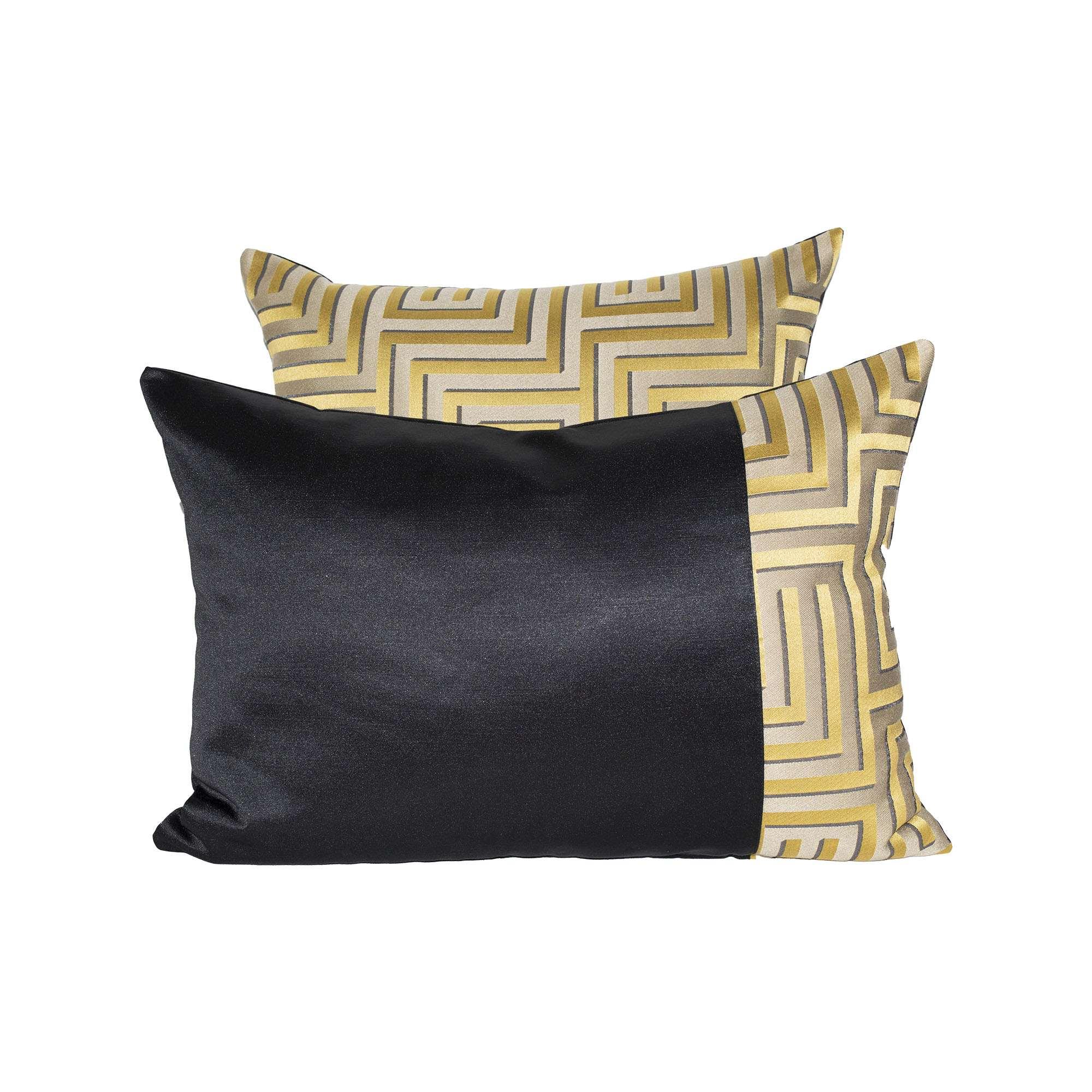 Tovaglia Nera E Oro federa cuscino design geometrico nero e oro   tina codazzo home